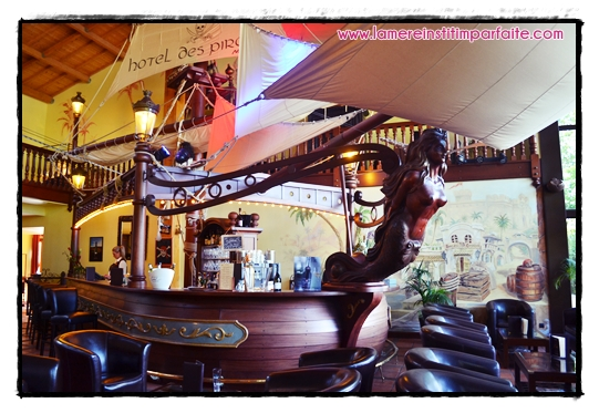 bar hotel nigloland pirates 1