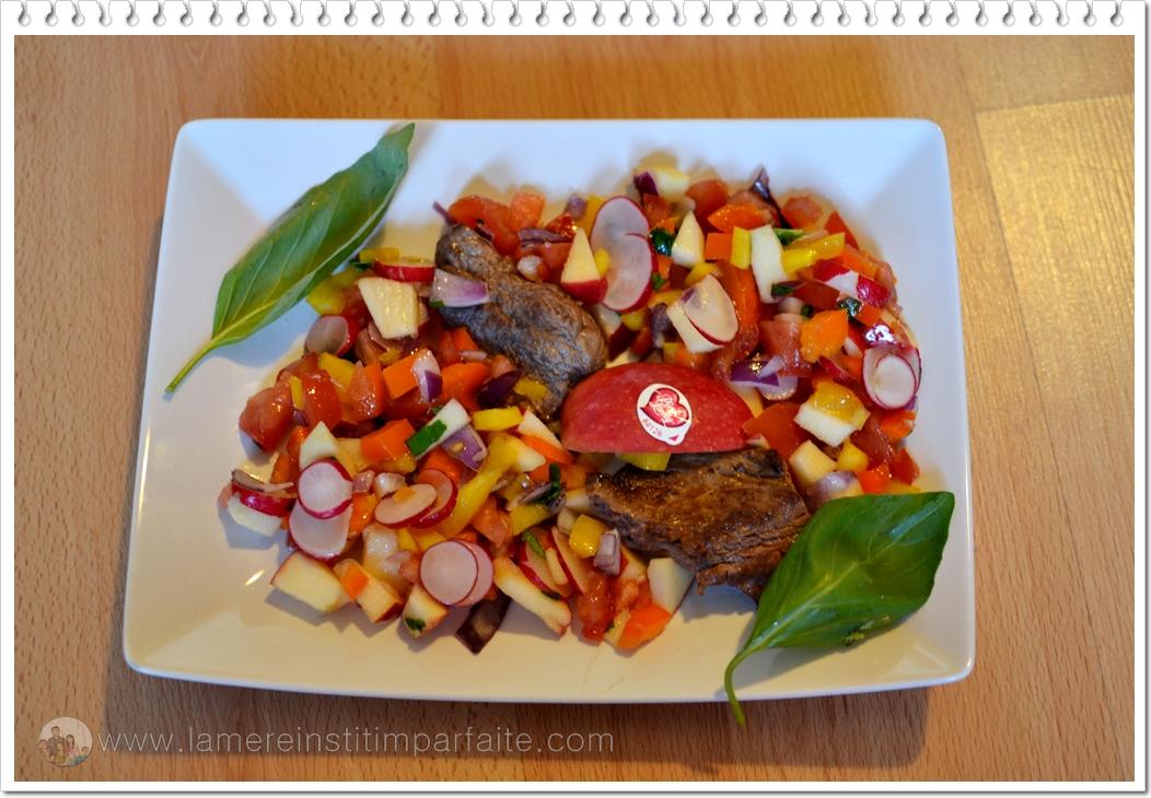 salade printanière avec des pommes pink lady + légumes de saison et tranches de boeuf